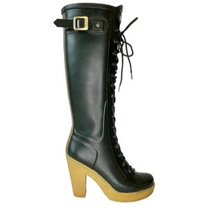 HUNTER KNEE HIGH LACE UP HEEL BOOTS (8 US)